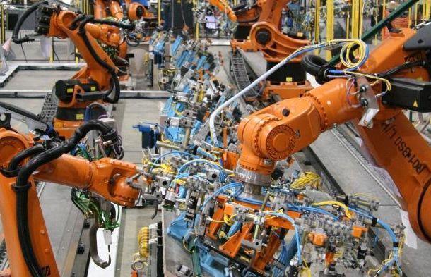 2019年工业机器人进一步改变制造业产业结构,机器人相关职业火热