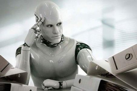 """""""机器人巡视员""""服务春运保安全"""