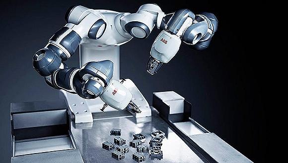 """工业机器人助推""""中国智造"""""""