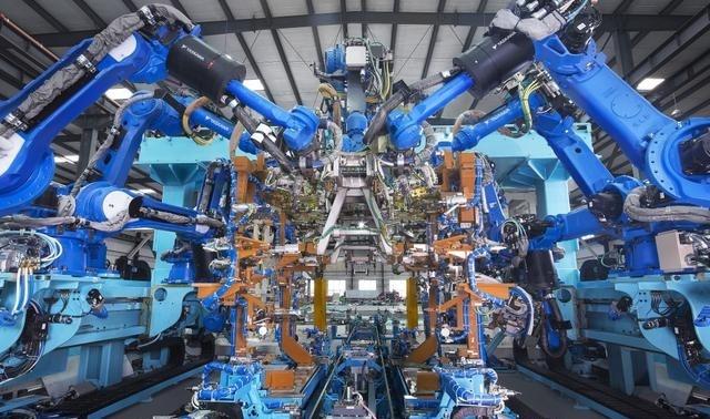 """机器人产业重复建设 警惕新动能""""陷阱"""""""