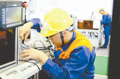 政策红利下 安川等机器人控制器厂商巨头宝座还牢靠吗?