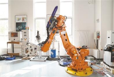 我国工业机器人迎来大爆发 但行业痛点犹存