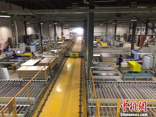 佛山近五成受访企业使用工业机器人