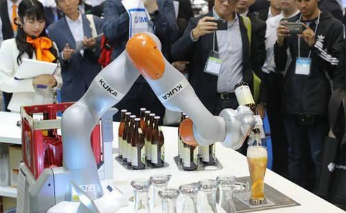 """日媒:中国正作为全球""""机器人工厂""""迅速崛起"""