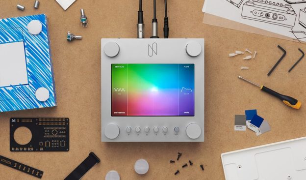 Google 以 AI 带来音乐科技革命──开源硬件合成器 NSynth Super 用声响融合调制出新音色