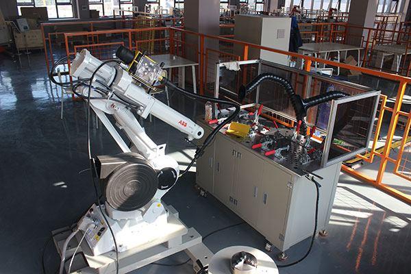 河北省机器人产业去年实现销售产值31亿元