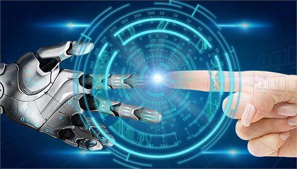 全球首款环卫智慧作业机器人亮相长沙
