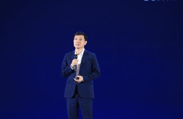 李彦宏:百度无人车将在7月量产 AI搜索工具不会出现广告