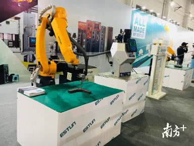 又一机器人领军企业落户佛高区!三年内将产销机器人超3000台