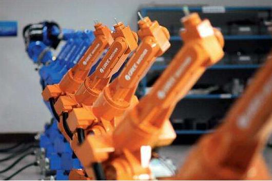 人才短缺问题是工业机器人未来发展的最大威胁