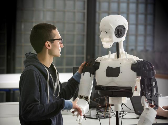 国家骨科手术机器人应用中心落户天津医院