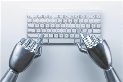 喂饭机器人走上市场 成熟商用还需解决两大问题