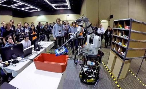 亚马逊秘密进军分拣机器人领域,希望未来替代人类员工