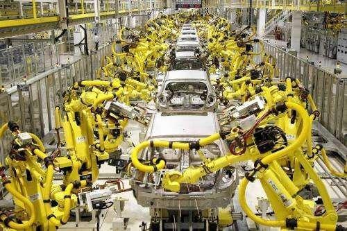 科研所转型智能企业走出新路 广东工业机器人应用突围