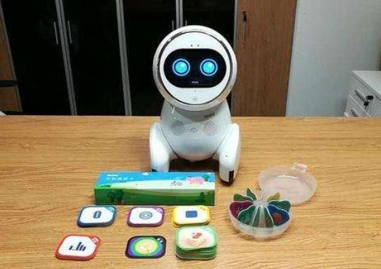华为高管辞职创办机器人公司,他凭此进军教育行业