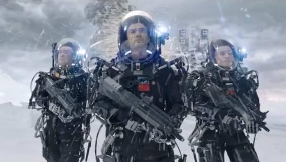 """《流浪地球》中推动""""顶针""""的神器——单兵外骨骼机器人"""