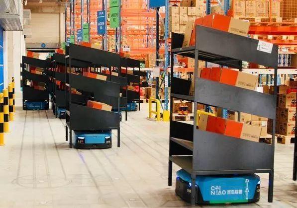 荣登《人民日报》,菜鸟的亚洲最大机器人仓不是说说而已!