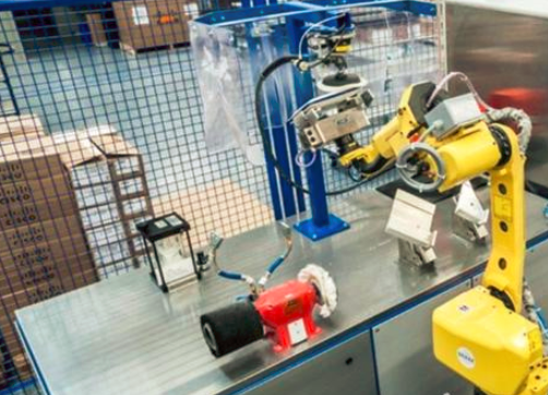机器人产业进入中高端发展关键期 AI或是软能力突破口