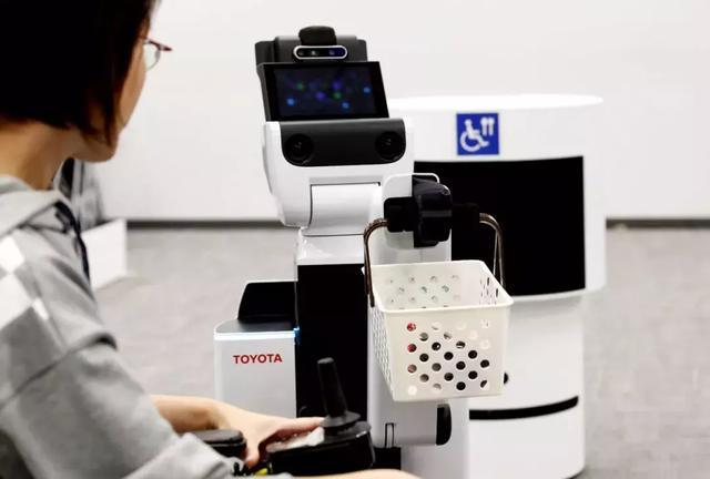 丰田进军家用机器人市场,与日本顶级AI创业公司合作