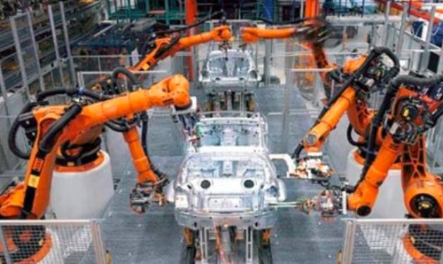 去年我国工业机器人产量占全球产量近四成 机器人产业将继续保持快速发展