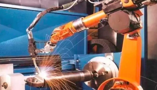 辛国斌:打造优质全球机器人产业生态链