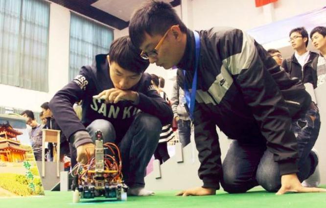 日本增加预算支持人工智能与机器人产业的发展