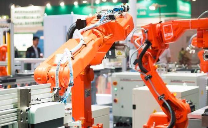 老厂走新路 建筑企业研发智能工业机器人
