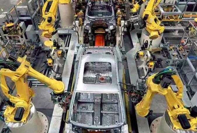 国内机器人应用格局更多元 与AI等融合成趋势