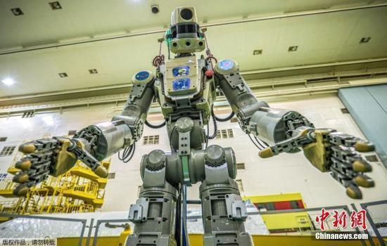 俄罗斯机器人宇航员刚回地球 美国机器人又要去了