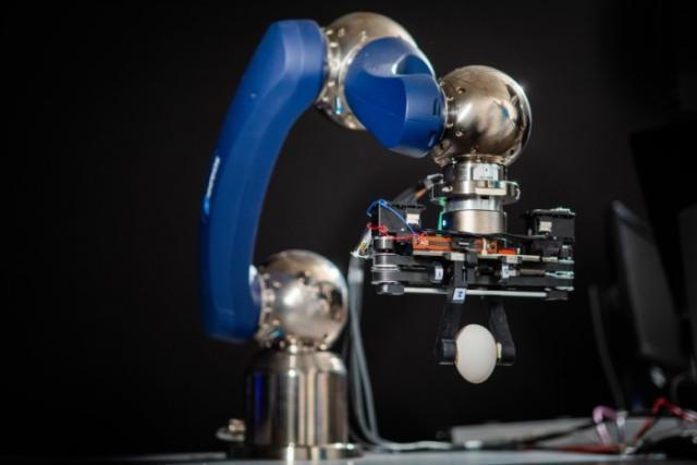科学家开发出全新柔性减震机器人抓手