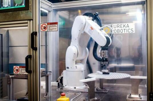 初创公司推出具有人类般灵巧抓地力的机器人