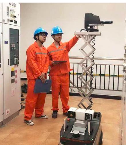 浙江电力首个配网机器人巡检班组成立