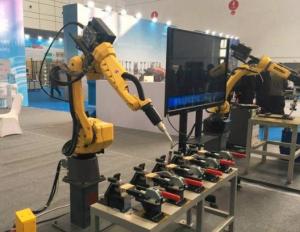"""从一场比赛""""把脉""""机器人产业发展"""