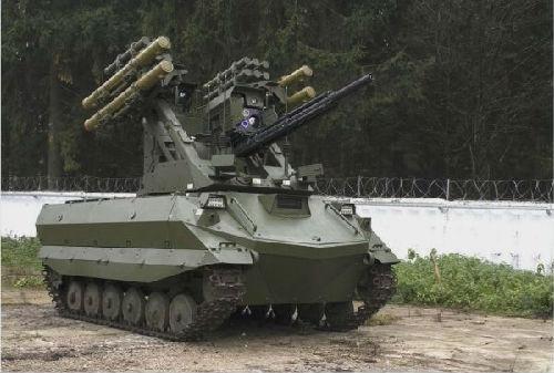 """俄军明年试用""""木船""""系列机器人 专家:将提高俄军人安全水平"""