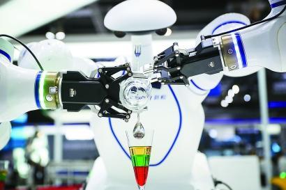 全球机器人1/3产量在中国 中国机器人1/3产量在上海